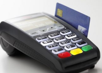 IRCTC to Install POS Machines on Trains for Compulsory Billing of Food!