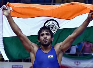 Commonwealth Games 2018 : Wrestler Bajrang Punia wins Gold in freestyle 65 kg, Silver for Pooja Dhanda