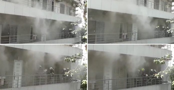 Mumbai : Fire breaks out in Andheri East's Madhu Industrial Estate